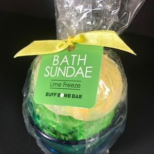 Bath Sundae Childrens Bath Bomb Lime Freeze Scent